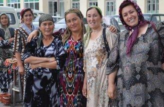Uzbek_women